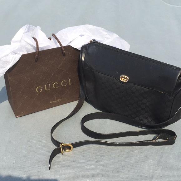 e03d485b25f5 Gucci Handbags - Vintage Gucci Bag
